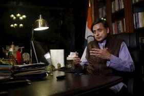 Shashi Tharoor Rubbishes Reports Suggesting He Was Joining BJP