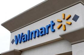 Wal-Mart Partners With Lord & Taylor to Expand Online Fashion Presence