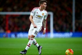 Manchester United Ship Out Varela to Frankfurt on Loan