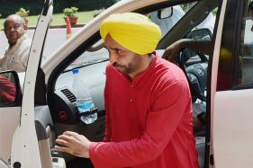 Bhagwant Mann Stinks of Alcohol in Parliament, Says Suspended AAP MP