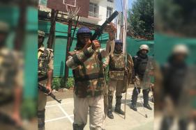 These CRPF Men Facing Stone-Pelters in Kashmir Need Proper Gear