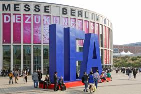 Berlin's IFA 2016 Fair Dons Virtual Reality Headsets