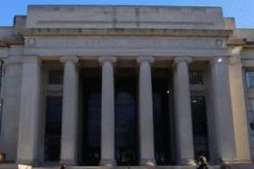 17-year-old 'Unschooled' Malvika Joshi Makes it to MIT