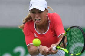 4-Time Champion Wozniacki Exits Connecticut Open in 1st Round
