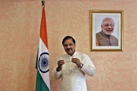 Mahesh Sharma Clarifies Skirt Remark, Calls it an Advisory
