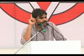 Pawan Kalyan Raises Issue of Special Status to Andhra Pradesh