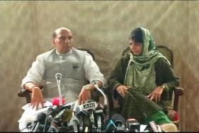 Rajnath Assures Alternative to Pellet Guns; Mehbooba Says 95% Kashmiris Want Peace