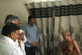 Vishal Dadlani Tweet Row: AAP Leaders Meet Jain Monk Tarun Sagar