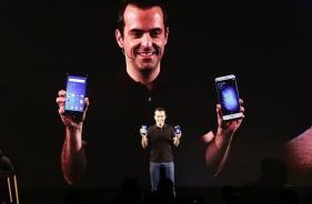 Meet Xiang Wang, The Person Taking Over Hugo Barra at Xiaomi