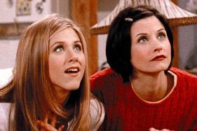 Courteney Cox Defends Jennifer Aniston Amid Jolie, Pitt's Divorce