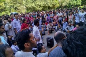 Human Chain Intimidated JNU VC; Students Dispersed After His Tweets