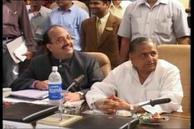 Did Amar Singh Really Help Mulayam In Keeping Him Out Of Jail?