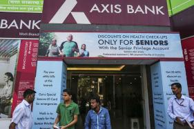 Axis Bank Eyes Raising Rs 35,000 Crore to Fund Expansion