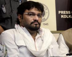 BJP MP Babul Supriyo's Convoy Attacked, Blames 'TMC Goons'