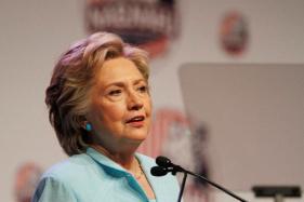 US Polls: Clinton Campaign Raised $101 Milliion in Mid-October