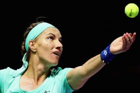 Svetlana Kuznetsova Cuts Her Own Hair in Win Over Agnieszka Radwanska