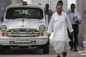 Akhilesh Will Decide the Fate of Sacked Ministers Including Shivpal: Mulayam