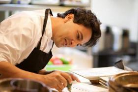 You'll Neither See Me in Bollywood Nor Politics: Chef Vikas Khanna
