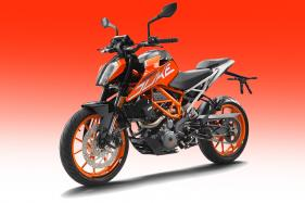 2017 KTM Duke 390 and Updated Duke 200 to Launch in India on February 23