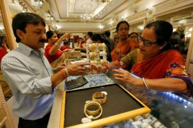 Buying Jewellery Over Rs2 Lakh Cash to Attract 1% TCS from April 1