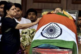 After Jayalalithaa's Death, Concerns About Return of 'Mannargudi Mafia'