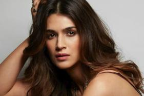 This Singer's Voice Brings Smile to Kriti Sanon's Face