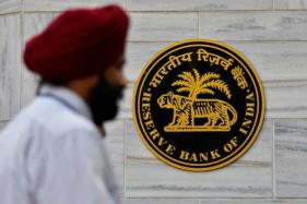 RBI Sets Rupee Reference Rate at 68.1766 Against Dollar