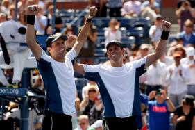 Record-Breaking Bryan Brothers Quit Davis Cup