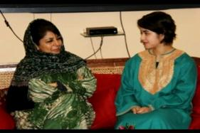 'Dangal' Star Zaira Wasim Apologises After Being Trolled For Meeting Mufti