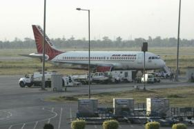 Air India Puts 2 Dreamliners on Sale to Raise USD 250 Million