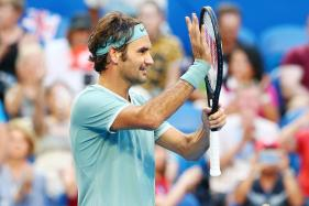 Roger Federer Makes Smooth Return to Action in Hopman Cup