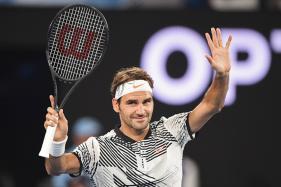 Roger Federer Makes Winning Return at Melbourne Park