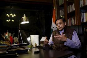 Schools Teach Shakespeare, Not Kalidas. That's a Shame: Tharoor
