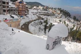 Shimla, Manali Wrapped in Snow, Treat for Tourists