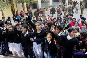 RTE Quota: Parents Allege Discrimination, Stage Flash Protest Against Bengaluru School