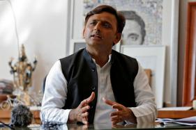 PM Not Ready to Accept Reality of Note Ban, GST Impact, Says Akhilesh Yadav
