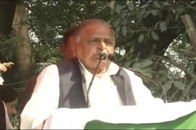 Mulayam Cancels Thursday's Campaign for Prajapati in Amethi