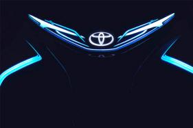 Toyota i-TRIL Concept Teased, to Debut at 2017 Geneva Motor Show