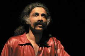 Makarand Deshpande to Stage Hindi Play Sir Sir Sarla After Over a Decade