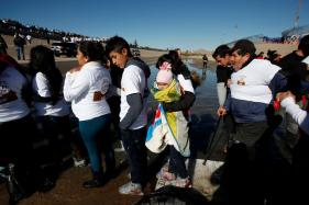 US Promises No Mass Deportations in Bid to Calm Mexico