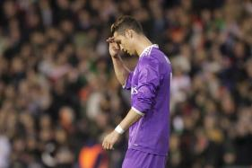 Leaders Real Madrid Stunned by Struggling Valencia in La Liga