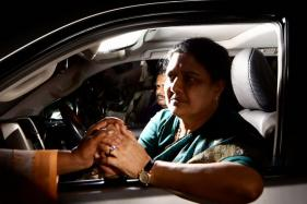 Sasikala Likely to be Questioned After Taxmen Recover Rs 1,430 Crore