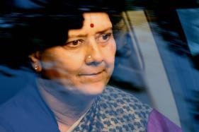 AIADMK Dy General Secretary Dinakaran Meets Sasikala in Jail