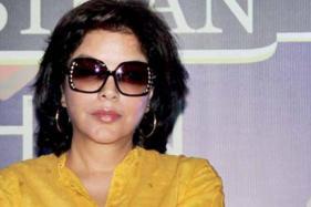 Raj Kapoor Gave Gold Coins to Zeenat Aman Post Satyam Shivam Sunadaram Look Test