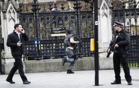 British Police Treating Incident Near Parliament as Terror-related