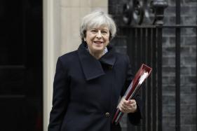 UK PM Theresa May Pledges to Curb Immigration, Should Her Party Win