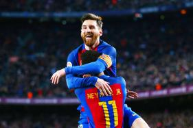 Lionel Messi Brace Helps Barcelona Beat Valencia 4-2