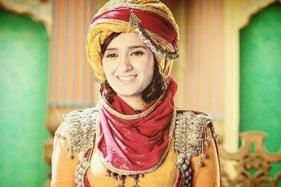 Actress Pankhuri Awasthy Slaps a Man For Touching Her Inappropriately