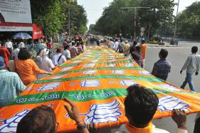 Former Samajwadi Party MLC Sarojini Agarwal Joins BJP