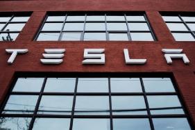 Tesla's Parking Brake Issue, Recalls 53,000 Cars